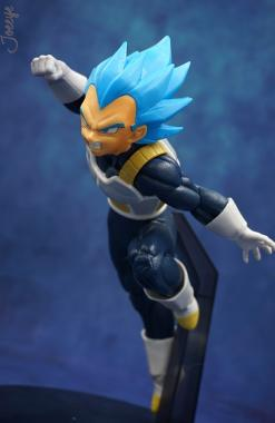 Vegeta SSJ Blue - Dragon Ball Super Ultimate Soldiers Churete